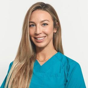 Astrid Odontóloga estética e•dent